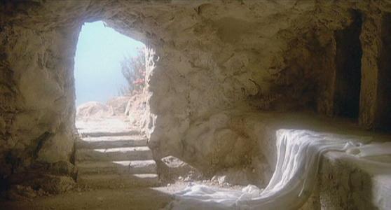 Chrystus Zmartwychwstał! Prawdziwie Zamartwychwstał! Alleluja!